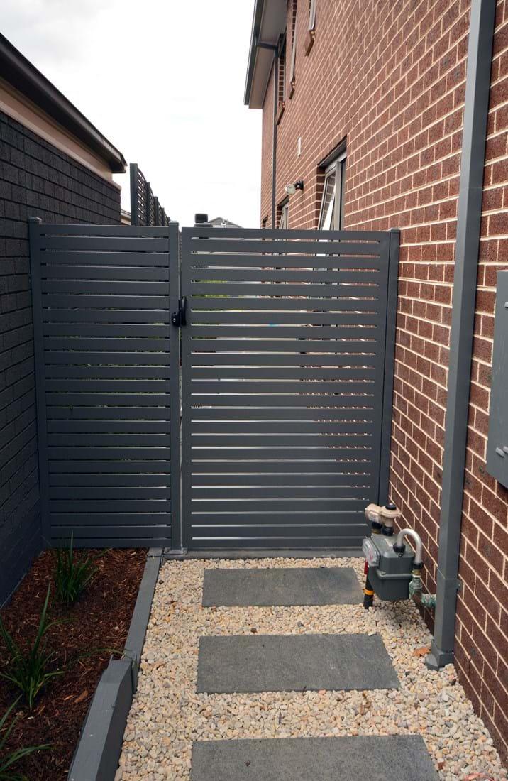 Supreme Green Walls Amp Fencing